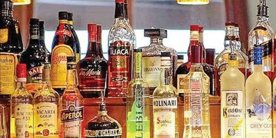 Bihar govt moves SC to transfer plea against liquor ban