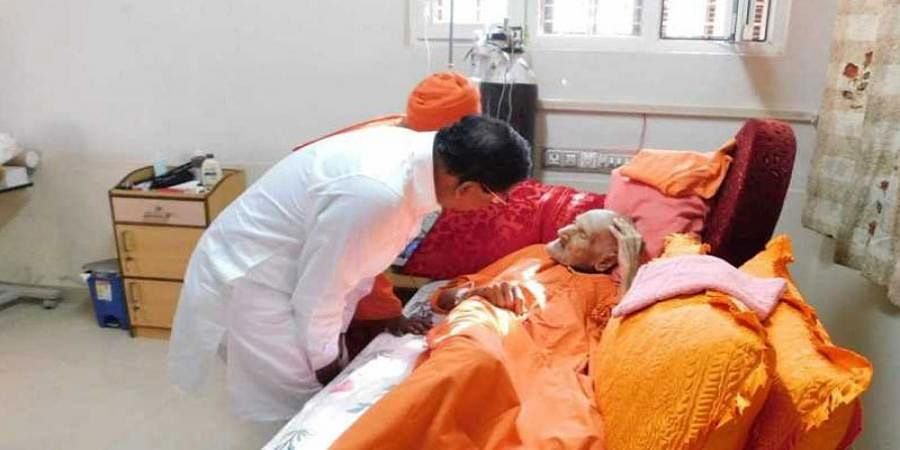 Siddaganga mutt seer to be shifted to chennai for treatment