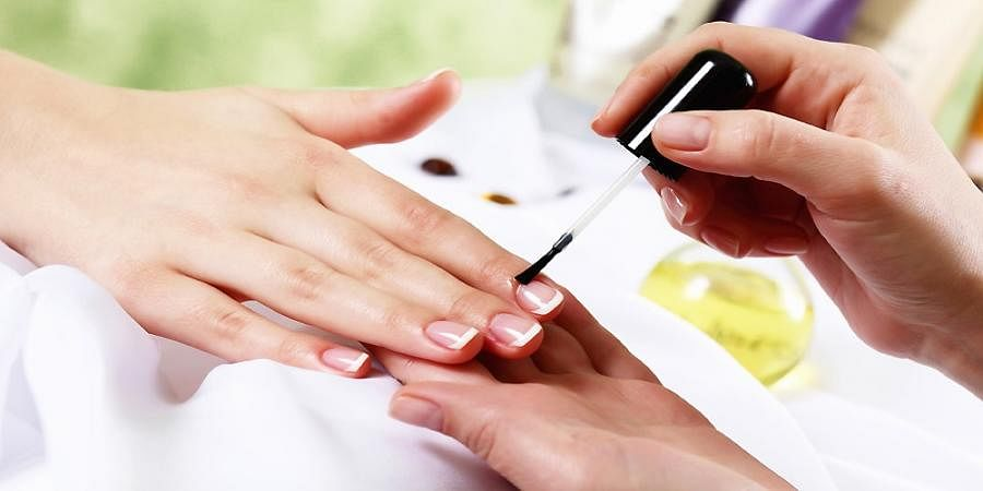 Healthy tips to take good care of your nails