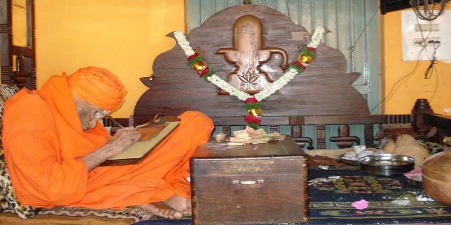 Siddaganga Seer's health is stable: says Dr.Paramesh