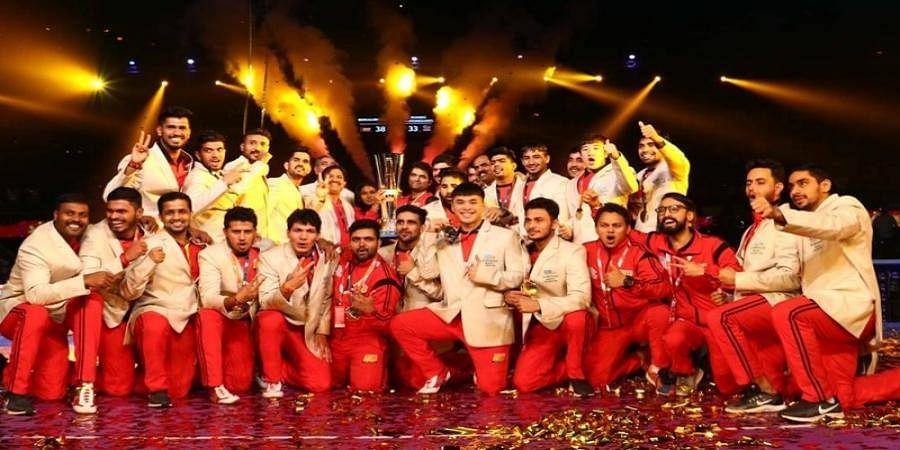 Pro Kabaddi Final: Bengaluru Bulls beat Gujarat Fortunegiants to lift trophy