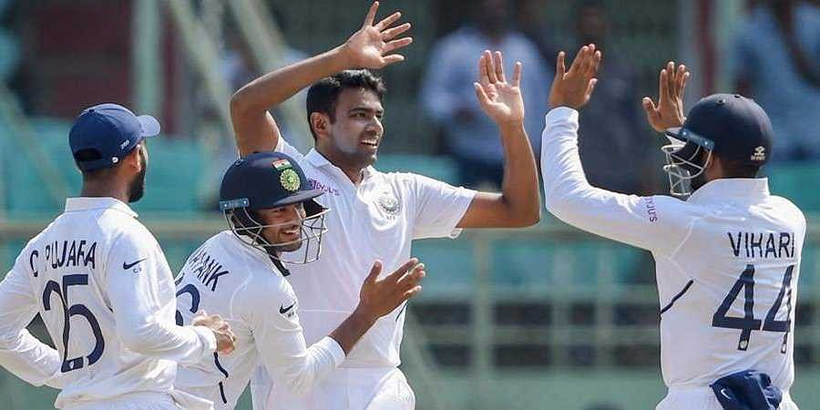 India vs South Africa Test 2019: South africa 275-All Out at stumps; India take lead of 326 runs