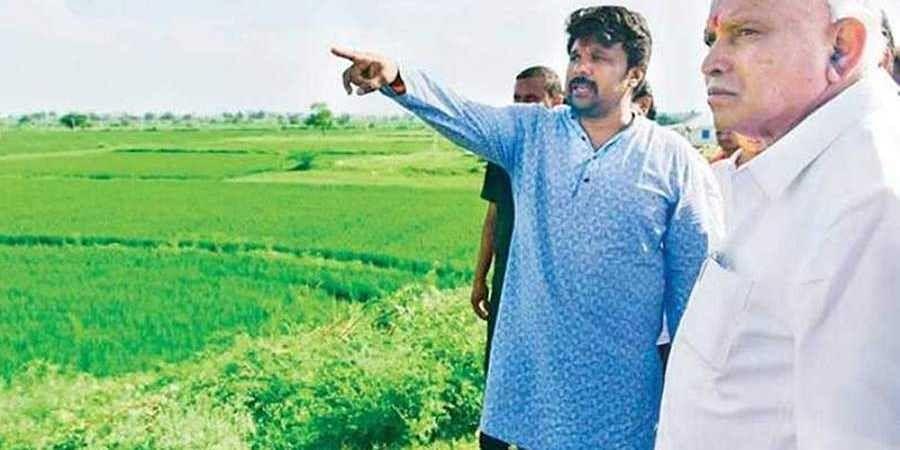 CM Yediyurappa visits flood-affected Yadgir district