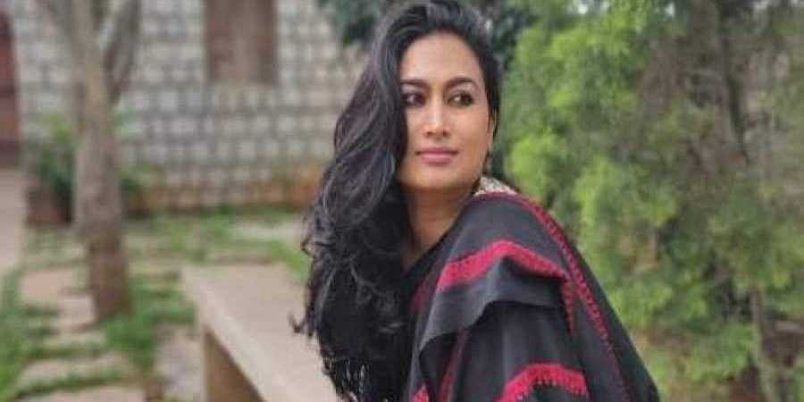 Actress_Shwtha_Srivatsav