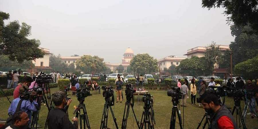 A view of Supreme court during judgment of sabarimala case in New Delhi on Thursday.