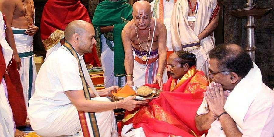 ISRO chairman worships at Tirumala ahead of PSLV-C 47 launch