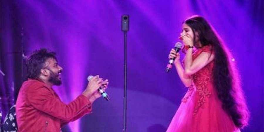 Chandan Shetty proposes love
