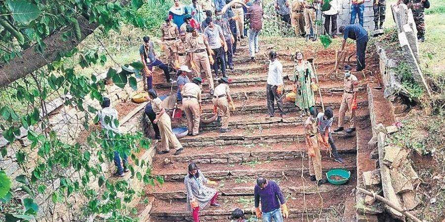 Swachh Shanivar a hit, villages clean up one Saturday a month