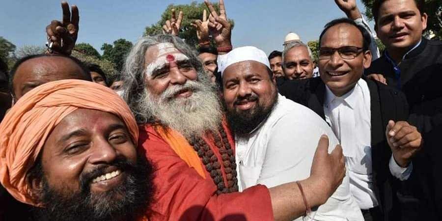 Hindu-Muslim-celebration