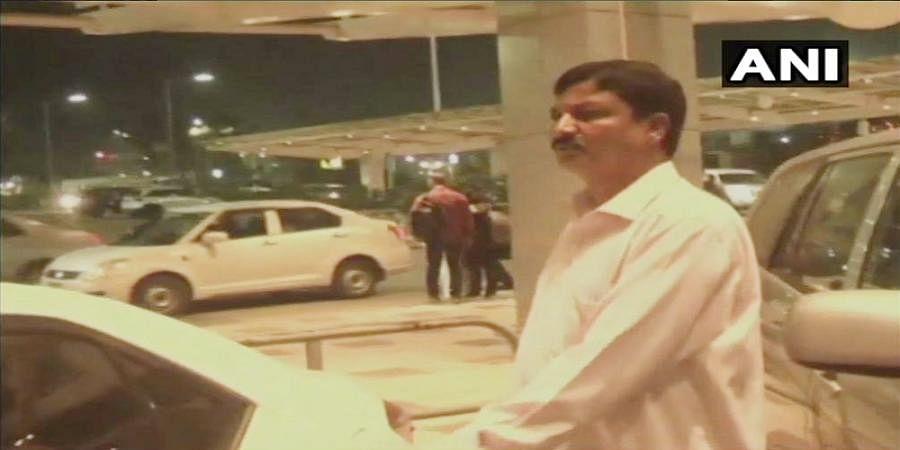 Karnataka: Congress MLA Ramesh Jarkiholi arrived in Bengaluru