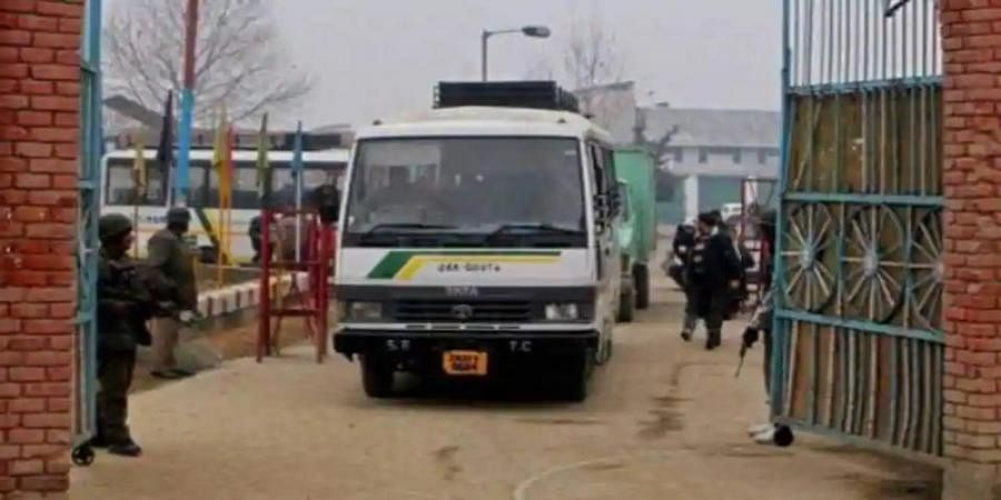 LoC 'Peace bus', trade between India and Pakistan suspended over Pulwama attack