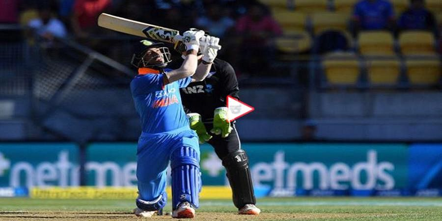 WATCH: Hardik Pandya Equals AB De Villiers Record, Smashes Hat-Trick of Sixes Against New Zealand