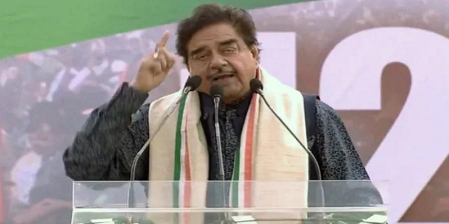 Why is Centre targeting Bengal Tigress?: Shatrughan Sinha