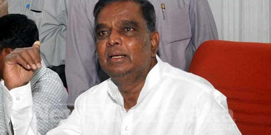 Contesting because Siddaramaiah humiliated me, says Srinivasa Prasad