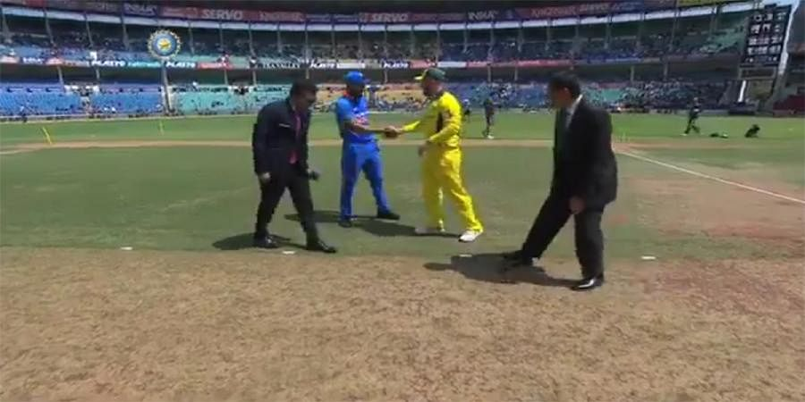 2nd ODI: Australia wins toss, opts to bowl against India in Nagpur