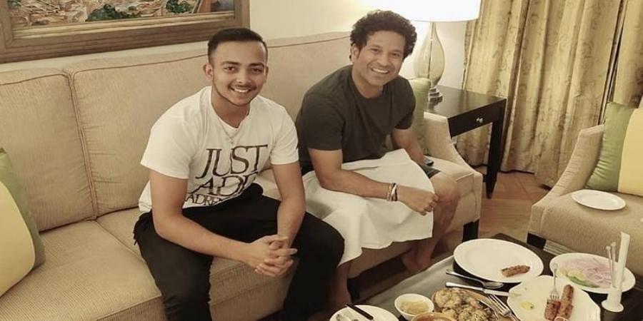 Prithvi Shaw thrilled after dinner with Sachin Tendulkar