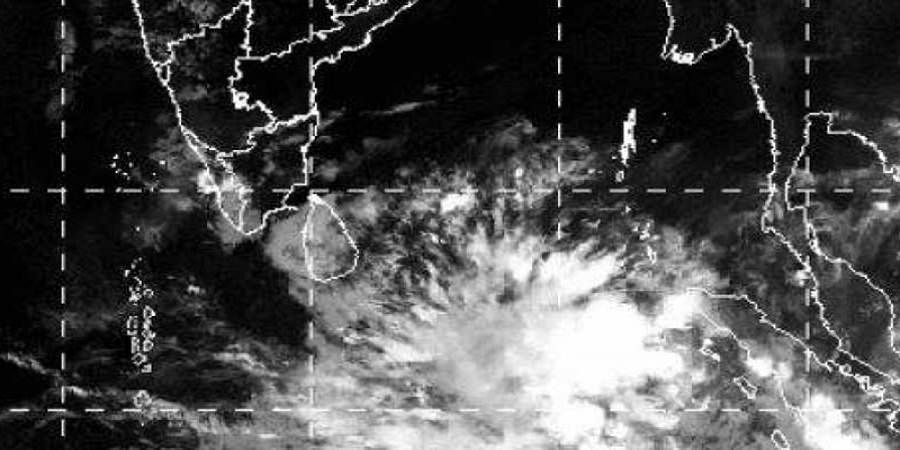 Cyclone on course, heavy rains predicted in Chennai by April 29