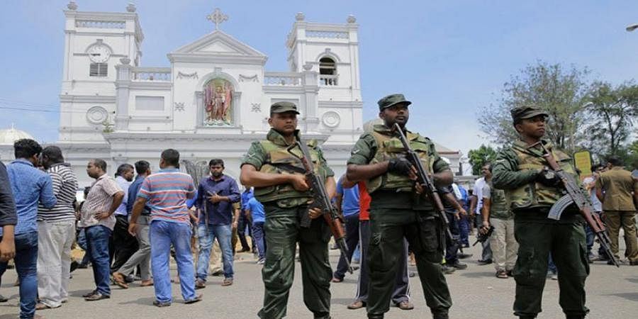 Sri Lanka troops kill two suspected IS gunmen, says official