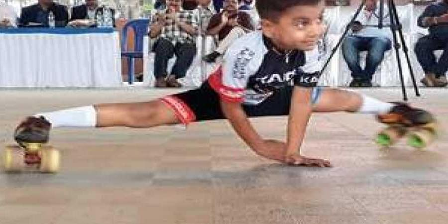Karwar UKG boy smashes world record