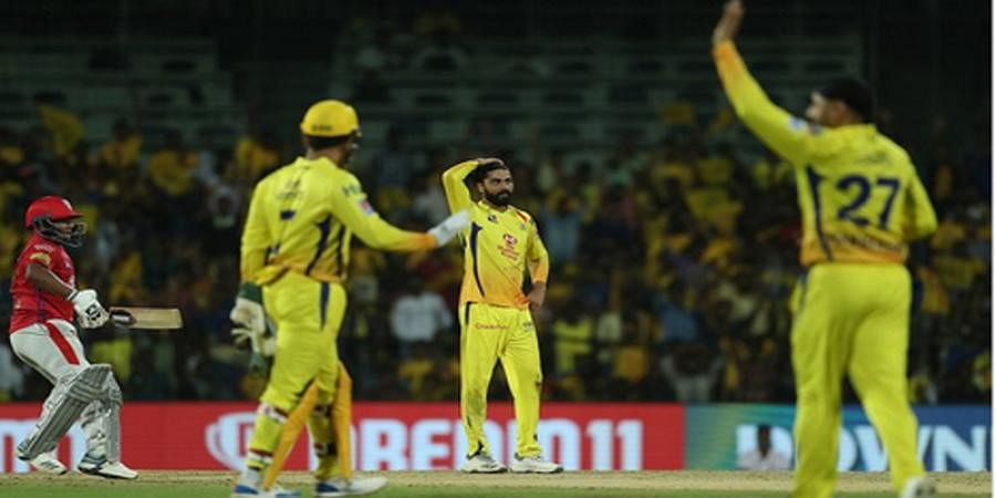 Video: Luck favours KL Rahul but eludes MS Dhoni