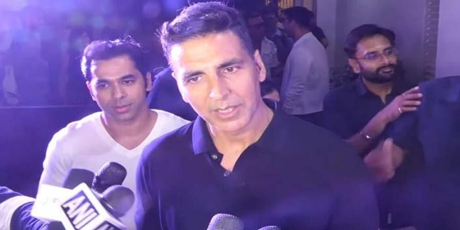Akshay Kumar gives 'sarcastic reply' to journalist who questioned his absence from voting