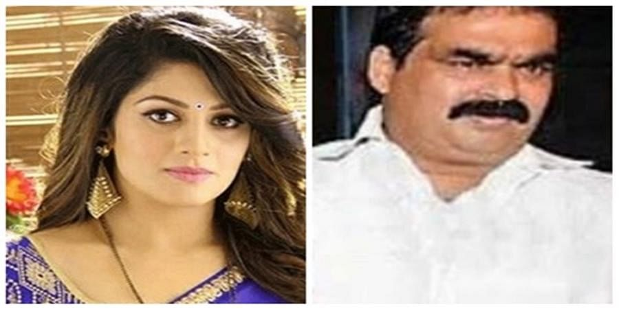 Actress Radhika Kumaraswamy's father passes away