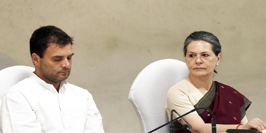 Priyanka Vadra, Sachin Pilot meet Rahul Gandhi at his residence