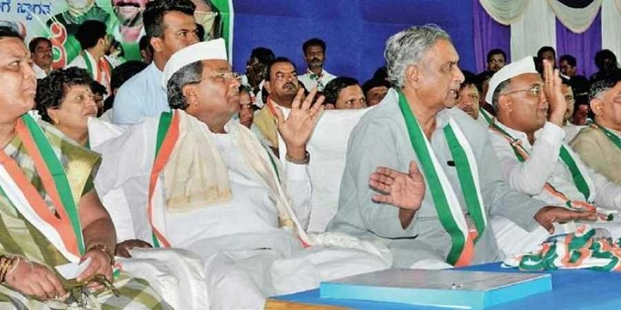 Congress candidate Kusumavati Shivalli with former CM Siddaramaiah