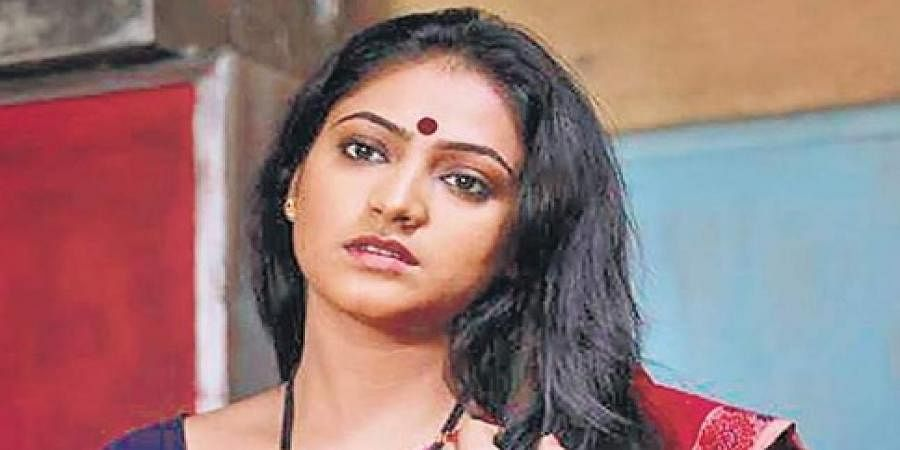 Haripriya in Soojidhara