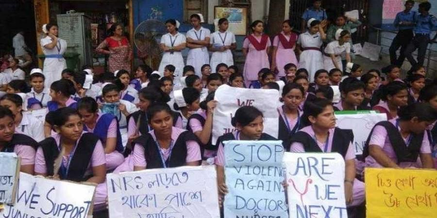 Striking doctors seek apology from Mamata, set six conditions to withdraw stir