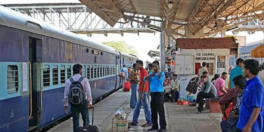 'Speak either Hindi or English' circular by Southern Railways withdrawn