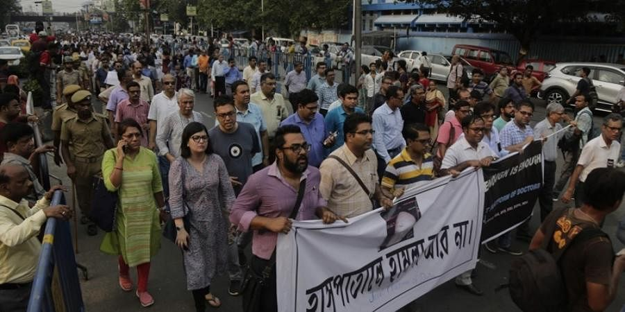 Bengal doctors say Mamata free to choose venue, but meeting should be held in open
