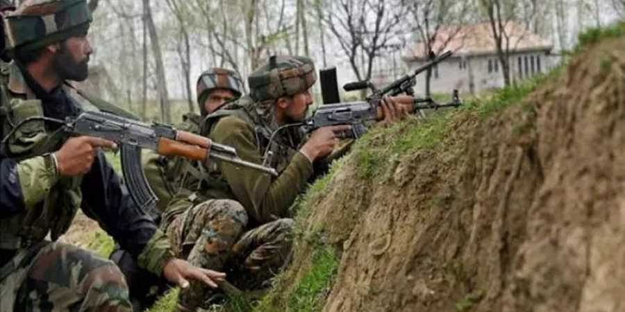 Army Major killed, another officer and 2 jawans injured in Anantnag encounter