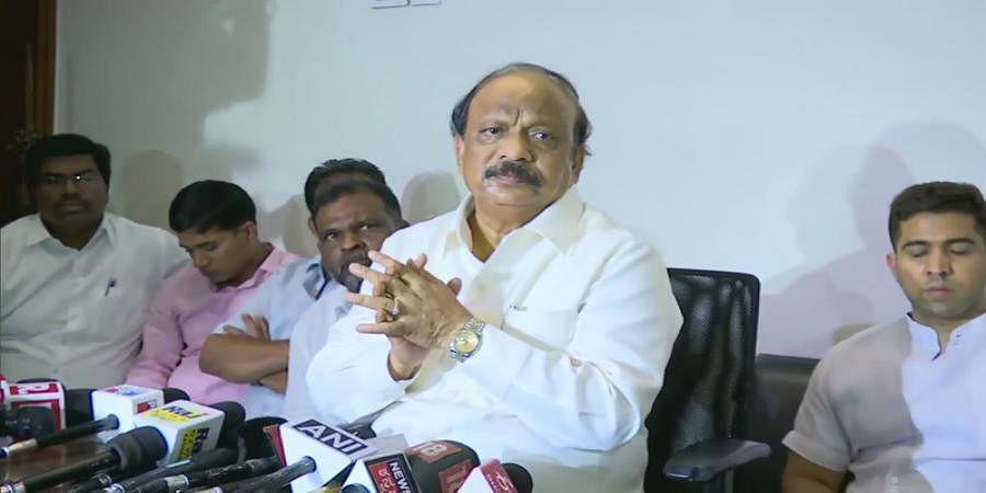 I am a worker of All India Congress, not Siddaramaiah Congress: Roshan Baig