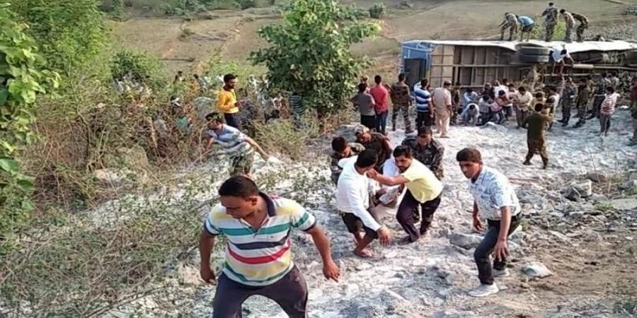 6 killed, 39 injured as bus falls into gorge in Jharkhand