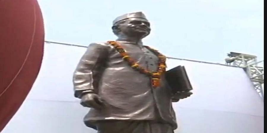 Modi unveils bronze statue of former PM Lal Bahadur Shastri at Babatpur airport