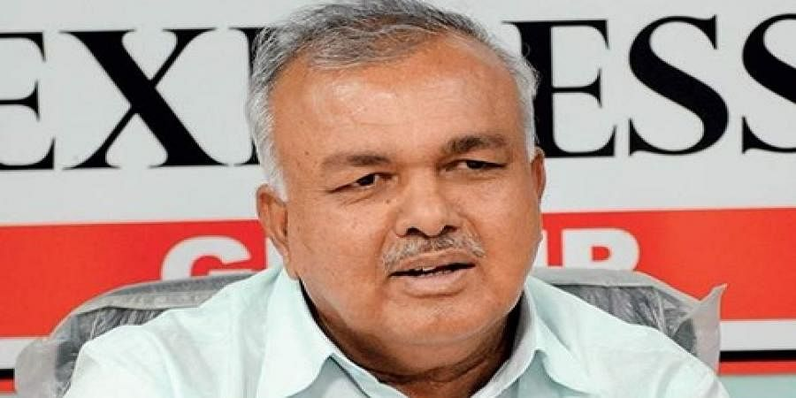 I am not in rebel MLAs group, says Ramalinga Reddy