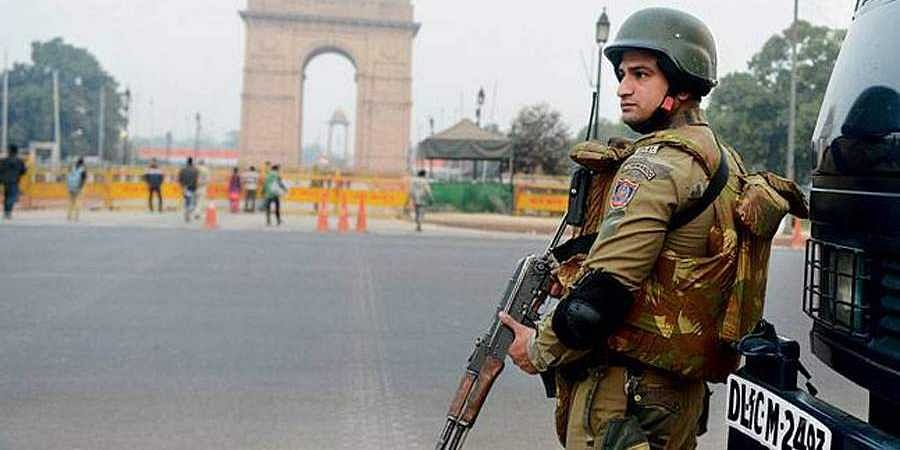 Delhi turns into fortress ahead of I-Day