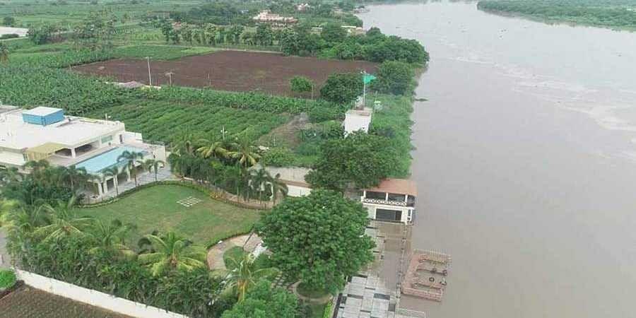 Chandrababu Naidu's residence near river