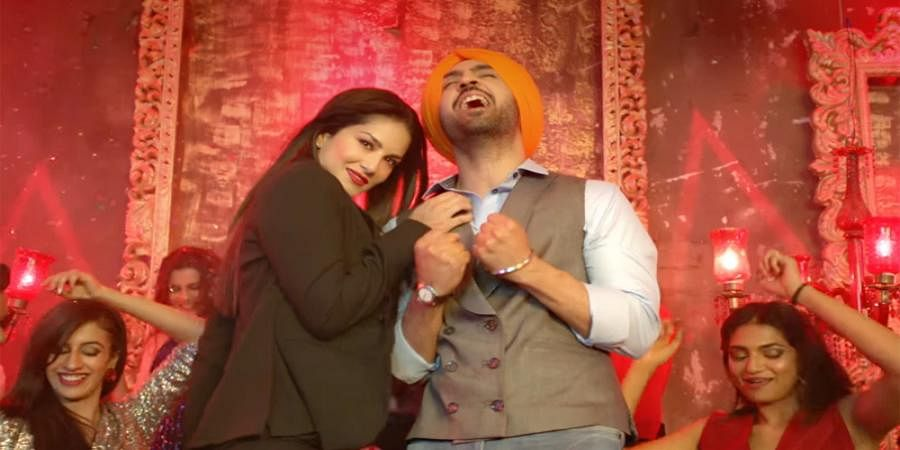 Sunny Leone says sorry to Delhi man for giving out his number in 'Arjun Patiala' Movie