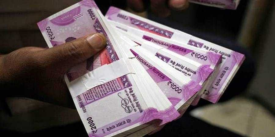 No. of 2,000 rupee notes in circulation shrinks 7.2 crore in FY 19