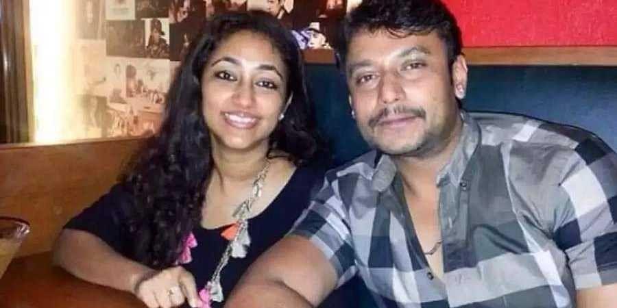 dharshan and wife Vijayalakshmi