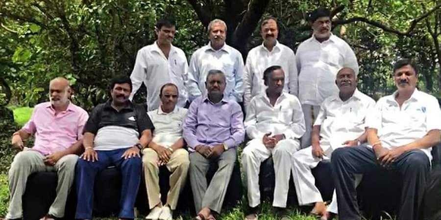 SC to decide Karnataka Rebel MLAs fate