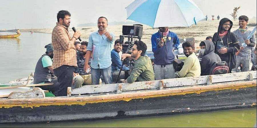 Director Jayathirtha covers 64 varanasi ghats for his upcoming films 'Banaras'