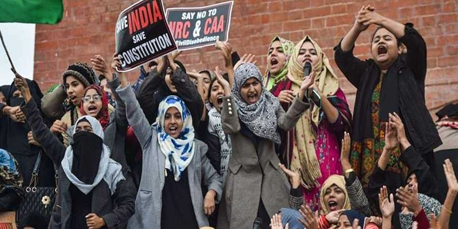 Three FIRs lodged ahead of Shah's Lucknow visit as women's protest against CAA enters 5th day