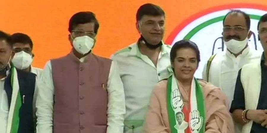 Sharad Yadav's daughter joins Congress ahead of Bihar polls