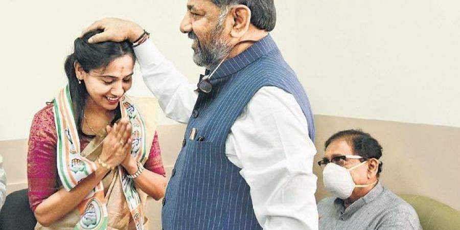 DK Ravi's wife in Congress