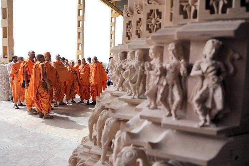 hindu-temple-UAE-2