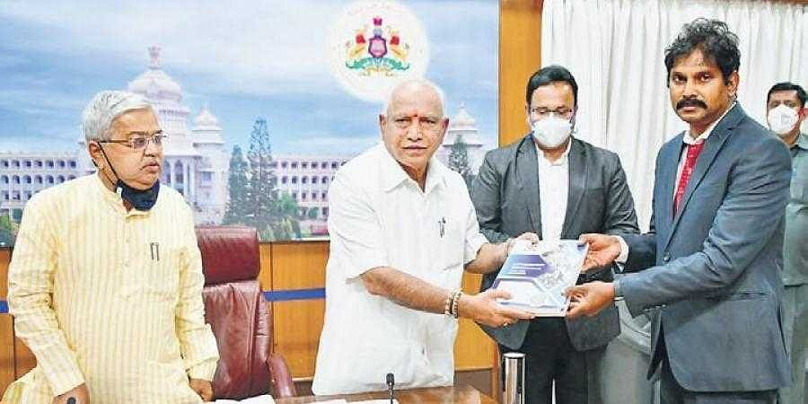 Flood relief: CM Yediyurappa pins hopes on Central team