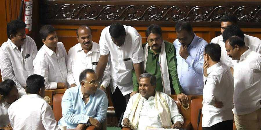CLP leader Siddaramaiah tells his MLAs to be cautious during debate on governor's speech